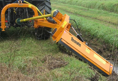 TA/PS 'Extra Reach' Verge Mowers Hover