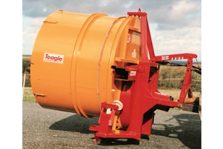 Sloping Drum Round Bale Shredders