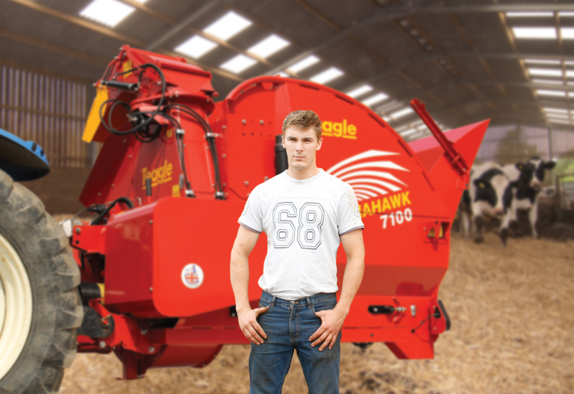 Andrew has seen savings if 25 to 30% in straw and around 1 hour per day in labour
